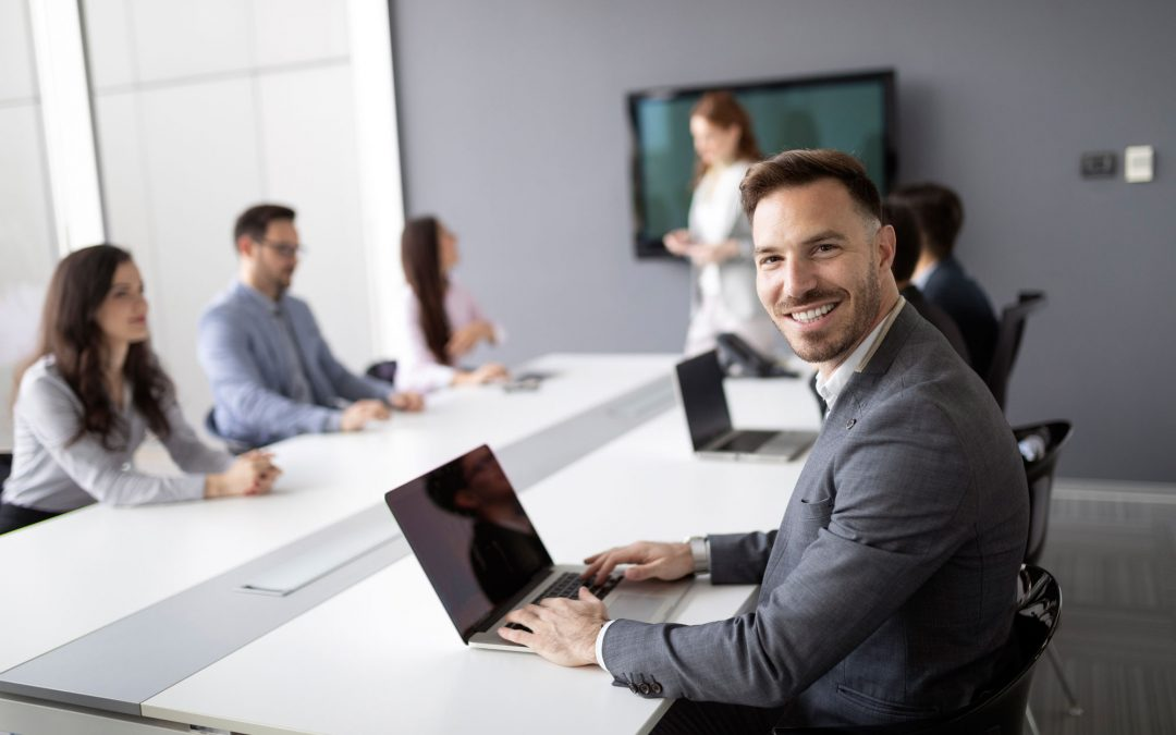 Habilidades Adquiridas al Estudiar un MBA – Administración General y su aplicación en el Ámbito Laboral